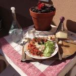 Ensalada con queso Manchego DOP Díaz-Miguel por Sobremesas de Domingo