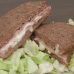 Sándwiches de carne con queso Record por Giallozafferano