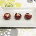 Tartaletas de remolacha, crema de queso manchego y crujiente de palomitas por Recetas para Cocinillas
